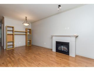 Photo 5: 4 33321 George Ferguson Way in Abbotsford: Townhouse for sale : MLS®# R2082574