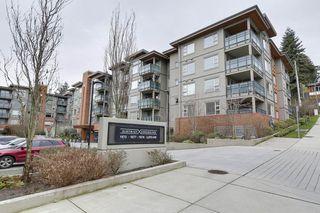 Photo 1: 409 1679 LLOYD AVENUE in North Vancouver: Pemberton NV Condo for sale : MLS®# R2147672