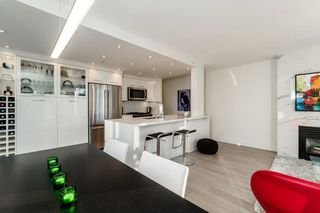 Photo 4: 2006 1077 MARINASIDE CRESCENT in Vancouver: Yaletown Condo for sale (Vancouver West)  : MLS®# R2337743