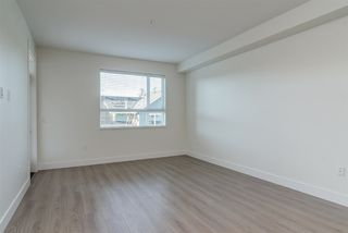 Photo 11: 201 22087 49 AVENUE in Langley: Murrayville Condo for sale : MLS®# R2327019