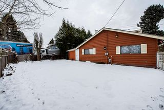 """Photo 18: 13575 91 Avenue in Surrey: Queen Mary Park Surrey House for sale in """"Queen Mary Park"""" : MLS®# R2428853"""