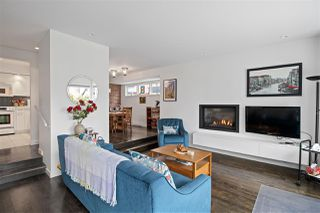 """Photo 4: 2530 CORNWALL Avenue in Vancouver: Kitsilano Townhouse for sale in """"NORTH OF 4TH AVENUE"""" (Vancouver West)  : MLS®# R2440158"""