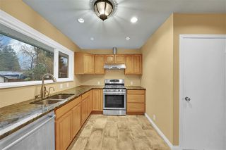 """Photo 12: 21545 STONEHOUSE Avenue in Maple Ridge: West Central House for sale in """"West Maple Ridge"""" : MLS®# R2440978"""