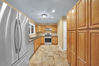 """Photo 11: 21545 STONEHOUSE Avenue in Maple Ridge: West Central House for sale in """"West Maple Ridge"""" : MLS®# R2440978"""