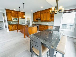 Photo 12: 2495 MARTELL Crescent in Edmonton: Zone 14 House for sale : MLS®# E4204378