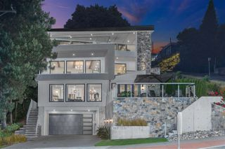 "Main Photo: 15031 VICTORIA Avenue: White Rock House for sale in ""West Beach - White Rock"" (South Surrey White Rock)  : MLS®# R2471365"