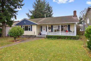 Main Photo: 15410 PACIFIC Avenue: White Rock House for sale (South Surrey White Rock)  : MLS®# R2521444