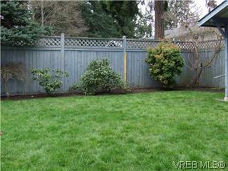 Photo 16: 2404 Marlene Dr in VICTORIA: Co Colwood Lake House for sale (Colwood)  : MLS®# 598509