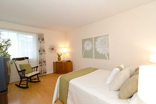 """Photo 15: 203 1775 W 11TH Avenue in Vancouver: Fairview VW Condo for sale in """"RAVENWOOD"""" (Vancouver West)  : MLS®# V938148"""