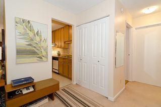 """Photo 14: 203 1775 W 11TH Avenue in Vancouver: Fairview VW Condo for sale in """"RAVENWOOD"""" (Vancouver West)  : MLS®# V938148"""