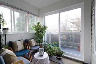 """Photo 6: 203 1775 W 11TH Avenue in Vancouver: Fairview VW Condo for sale in """"RAVENWOOD"""" (Vancouver West)  : MLS®# V938148"""