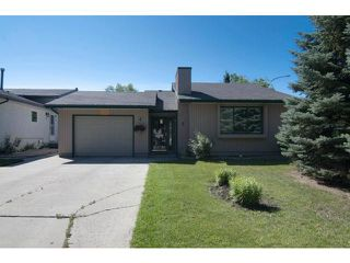 Photo 1: 2 Markwood Place in WINNIPEG: Maples / Tyndall Park Residential for sale (North West Winnipeg)  : MLS®# 1215294