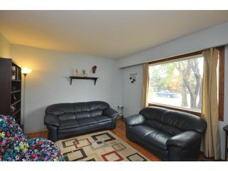 Photo 2: 713 Ravelston Avenue West in WINNIPEG: Transcona Residential for sale (North East Winnipeg)  : MLS®# 1220719
