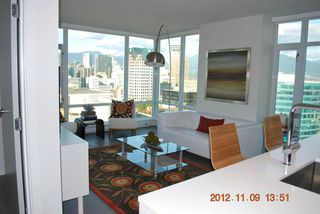 Photo 2: 2510 161 West Georgia Street in Vancouver: Downtown VW Condo for sale (Vancouver West)  : MLS®# v974384