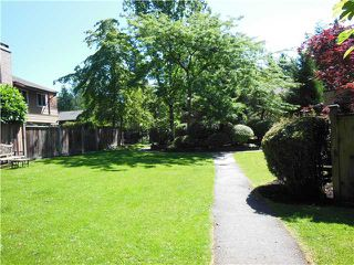 """Photo 17: 2331 MOUNTAIN Highway in North Vancouver: Lynn Valley Townhouse for sale in """"Yorkwood Park"""" : MLS®# V1015049"""