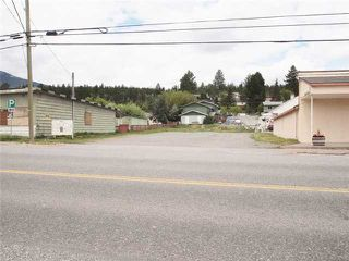 Main Photo: 1506 CARIBOO Highway in CLINTON: BCNREB Out of Area Commercial for sale : MLS®# N4506317