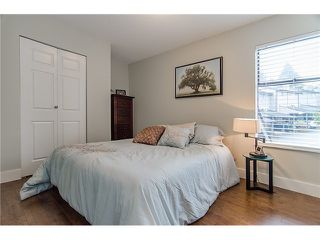 Photo 7: 241 BALMORAL Place in Port Moody: North Shore Pt Moody Townhouse for sale : MLS®# V1021007