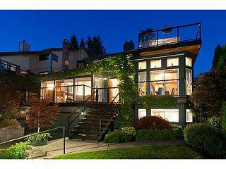 Photo 2: 4130 ST PAULS AV in North Vancouver: Upper Lonsdale House for sale : MLS®# V1037997