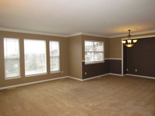 Photo 3: 36398 Samtree Place in ABBOTSFORD: House for rent (Abbotsford)