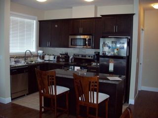 Photo 2: # 204 46262 FIRST AV in Chilliwack: Chilliwack E Young-Yale Condo for sale : MLS®# H1401339