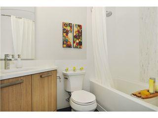 Photo 4: # 201 10477 154TH ST in Surrey: Guildford Condo for sale (North Surrey)  : MLS®# F1420082