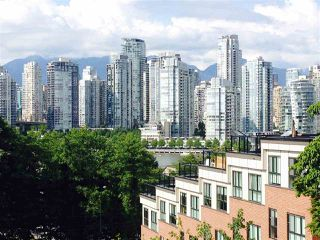 Photo 3: 2309 ALDER STREET in Vancouver: Fairview VW Condo for sale (Vancouver West)  : MLS®# R2115607