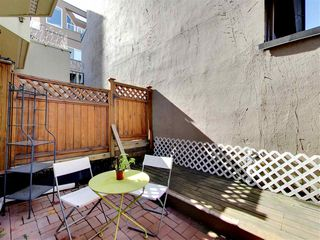 Photo 1: 2309 ALDER STREET in Vancouver: Fairview VW Condo for sale (Vancouver West)  : MLS®# R2115607