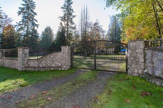 Photo 2: 17354 26 Avenue in Surrey: Grandview Surrey House for sale (South Surrey White Rock)