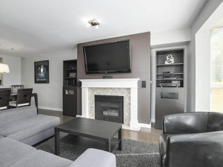 Photo 8: 301 2340 HAWTHORNE AVENUE in Port Coquitlam: Central Pt Coquitlam Condo for sale : MLS®# R2316603