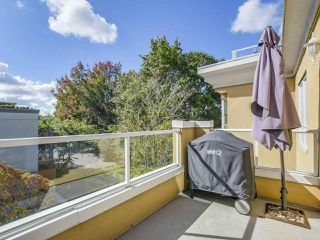 Photo 19: 301 2340 HAWTHORNE AVENUE in Port Coquitlam: Central Pt Coquitlam Condo for sale : MLS®# R2316603