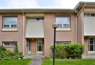 Main Photo: 8 695 Birchmount Road in Toronto: Kennedy Park Condo for sale (Toronto E04)  : MLS®# E4600623