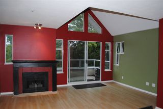 "Photo 3: 402 3638 RAE Avenue in Vancouver: Collingwood VE Condo for sale in ""RAINTREE GARDEN"" (Vancouver East)  : MLS®# R2420654"