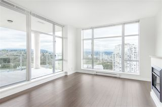 """Photo 5: 1902 280 ROSS Drive in New Westminster: Fraserview NW Condo for sale in """"CARLYLE"""" : MLS®# R2479477"""