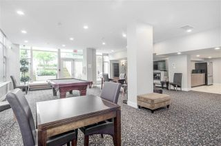 """Photo 17: 1902 280 ROSS Drive in New Westminster: Fraserview NW Condo for sale in """"CARLYLE"""" : MLS®# R2479477"""