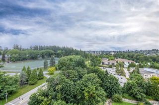 """Photo 14: 1902 280 ROSS Drive in New Westminster: Fraserview NW Condo for sale in """"CARLYLE"""" : MLS®# R2479477"""