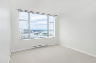 """Photo 11: 1902 280 ROSS Drive in New Westminster: Fraserview NW Condo for sale in """"CARLYLE"""" : MLS®# R2479477"""
