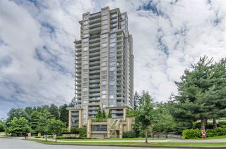 """Photo 1: 1902 280 ROSS Drive in New Westminster: Fraserview NW Condo for sale in """"CARLYLE"""" : MLS®# R2479477"""