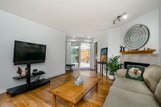 """Photo 3: 211 518 THIRTEENTH Street in New Westminster: Uptown NW Condo for sale in """"Coventry Court"""" : MLS®# R2501752"""