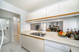 """Photo 12: 211 518 THIRTEENTH Street in New Westminster: Uptown NW Condo for sale in """"Coventry Court"""" : MLS®# R2501752"""