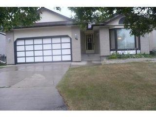Photo 3: 10 STREWCHUK Bay in Winnipeg: Residential for sale (Canada)  : MLS®# 1115734