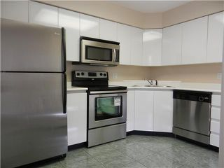 "Photo 2: 602 120 W 2ND Street in North Vancouver: Lower Lonsdale Condo for sale in ""Observatory"" : MLS®# V947484"