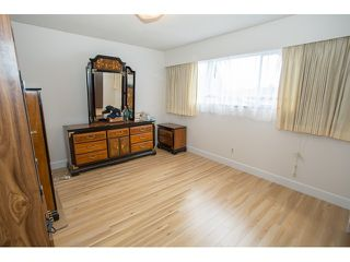 Photo 8: 5725 SOPHIA Street in Vancouver: Main House for sale (Vancouver East)  : MLS®# V968687