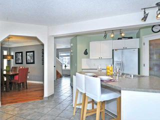 Photo 2: 156 CITADEL MEADOW Grove NW in CALGARY: Citadel Residential Detached Single Family for sale (Calgary)  : MLS®# C3552492