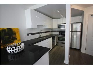 Photo 3: # 302 811 HELMCKEN ST in Vancouver: Downtown VW Condo for sale (Vancouver West)  : MLS®# V1008049
