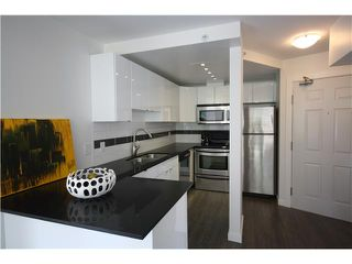 Photo 2: # 302 811 HELMCKEN ST in Vancouver: Downtown VW Condo for sale (Vancouver West)  : MLS®# V1008049