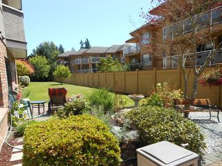 "Photo 17: 302 2239 152 Street in Surrey: Sunnyside Park Surrey Condo for sale in ""Semiahmoo Estates"" (South Surrey White Rock)  : MLS®# F1316640"