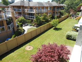 "Photo 13: 302 2239 152 Street in Surrey: Sunnyside Park Surrey Condo for sale in ""Semiahmoo Estates"" (South Surrey White Rock)  : MLS®# F1316640"