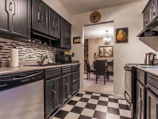 """Photo 2: 105 15041 PROSPECT Avenue: White Rock Condo for sale in """"SEA VISTA"""" (South Surrey White Rock)  : MLS®# F1318514"""