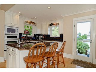 "Photo 2: 3287 W 22ND Avenue in Vancouver: Dunbar House for sale in ""N"" (Vancouver West)  : MLS®# V1021396"
