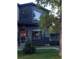 Photo 3: 724 24 Avenue NW in CALGARY: Mount Pleasant Residential Attached for sale (Calgary)  : MLS®# C3583600